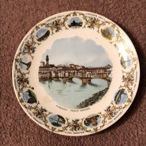 Antique souvenir plate from Italy